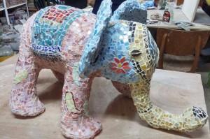פסל פיל מפסיפס