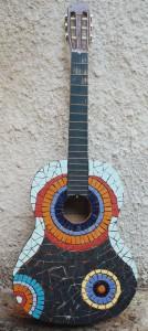גיטרה מפסיפס